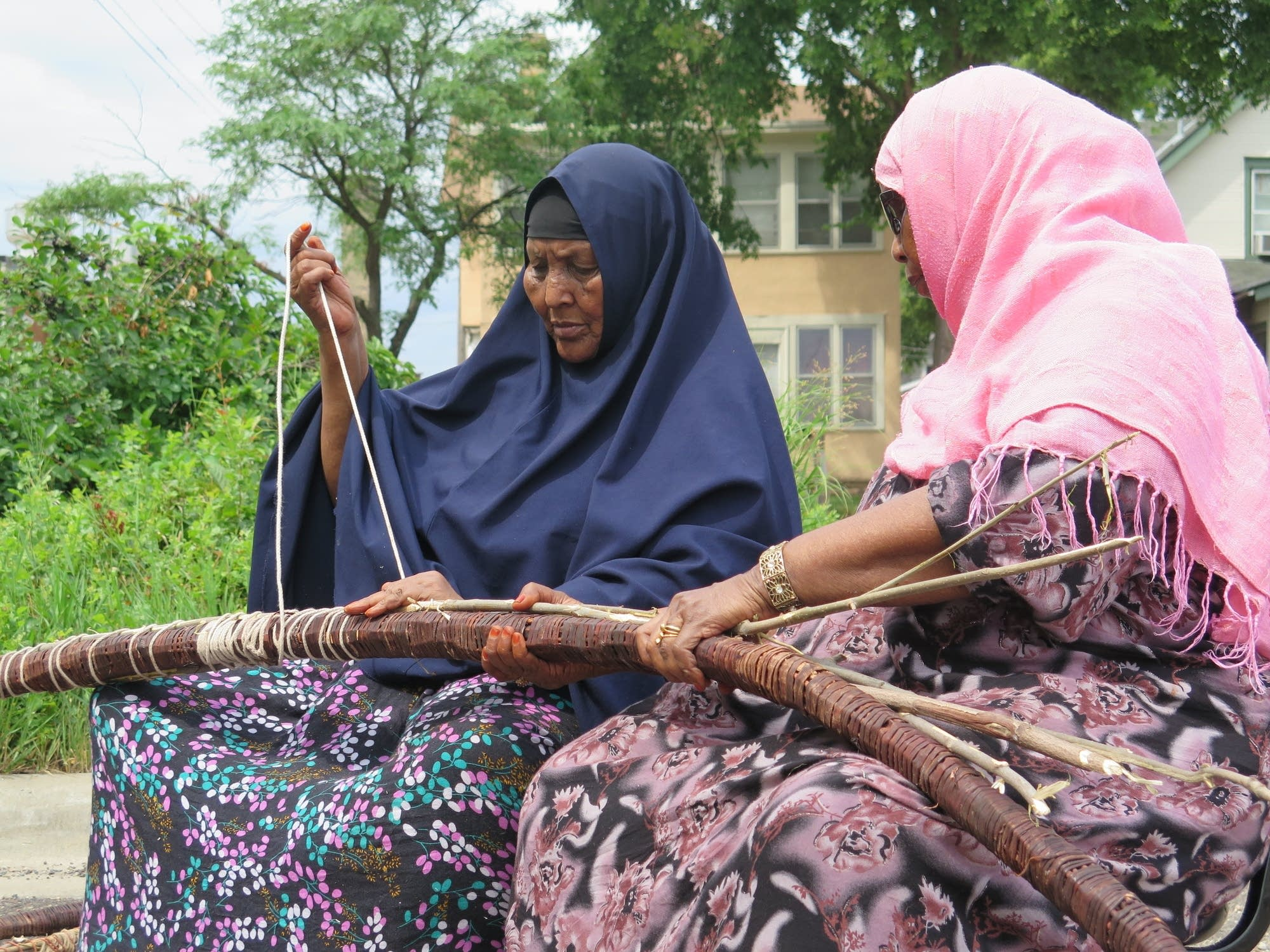 Making a traditional Somali hut