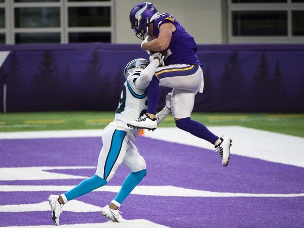 Minnesota Vikings wide receiver Chad Beebe catches the ball