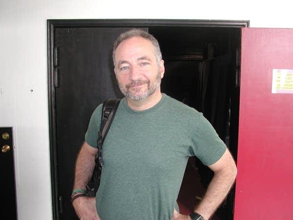 Performance artist Paul Zaloom