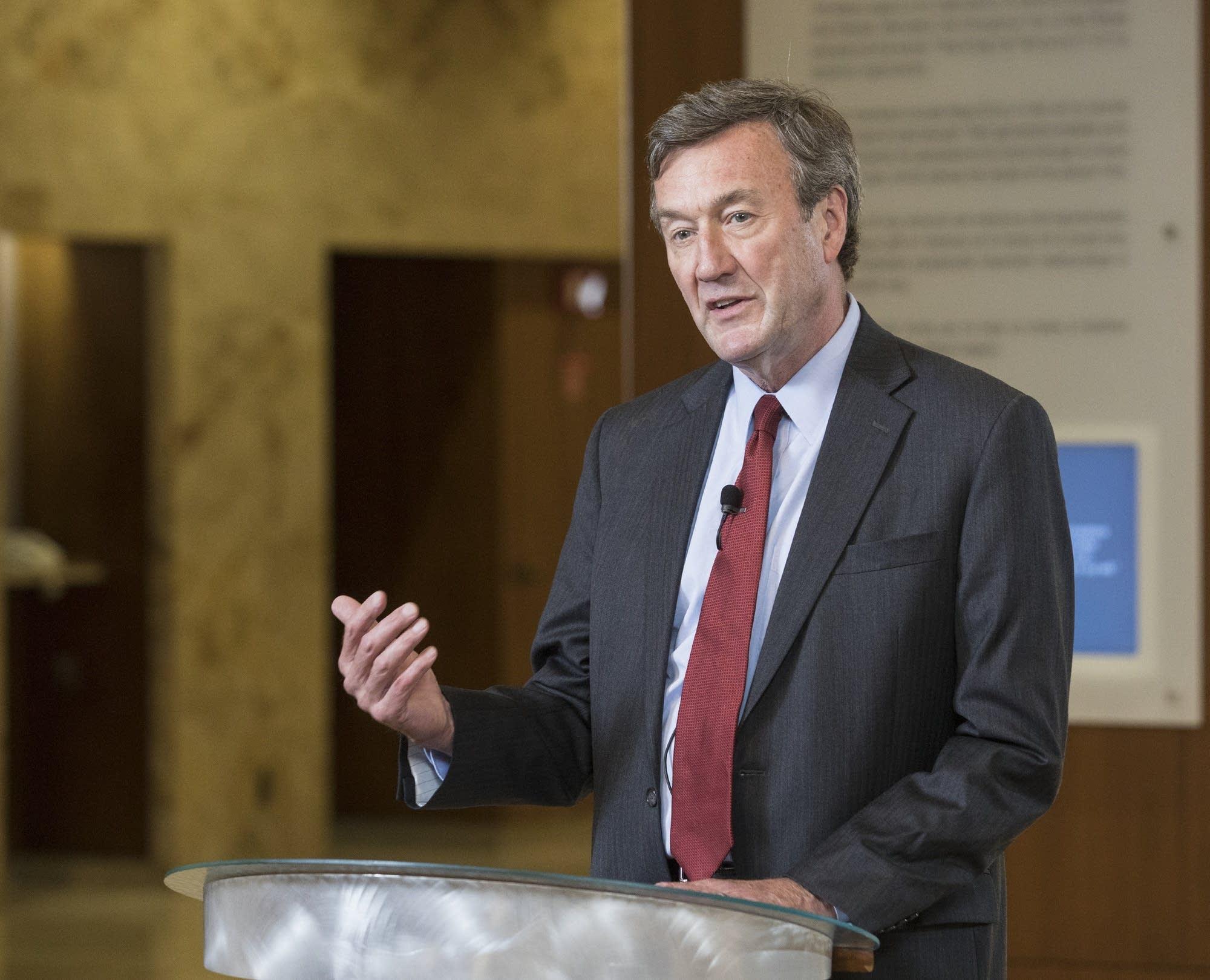 John Noseworthy M.D., announced his successor.