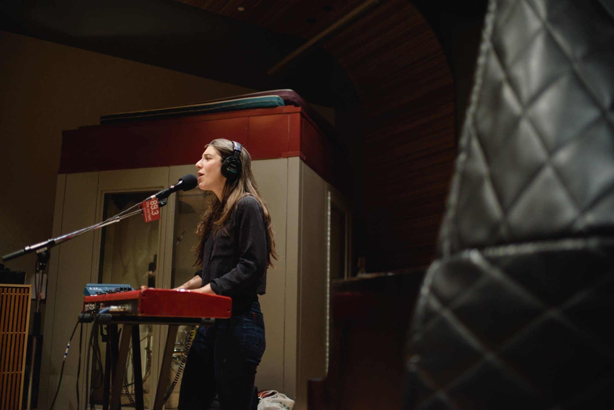 Julia Holter 9