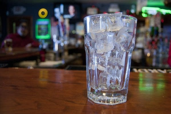 Hard water ice cubes