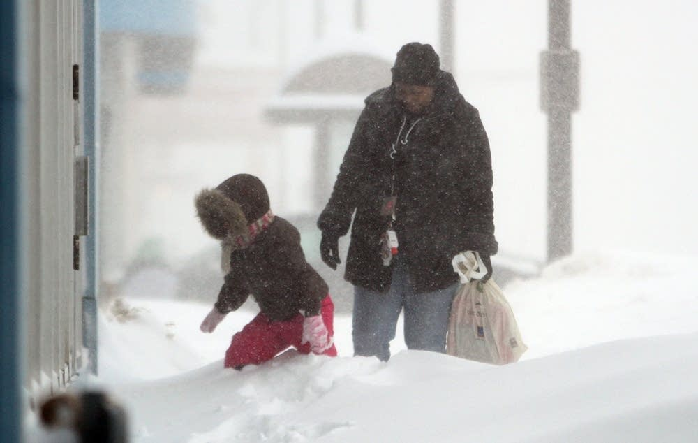 Heavy snow falls