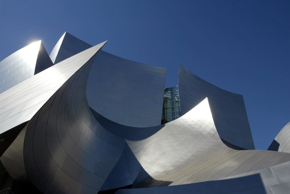 Gehry's Disney hall design