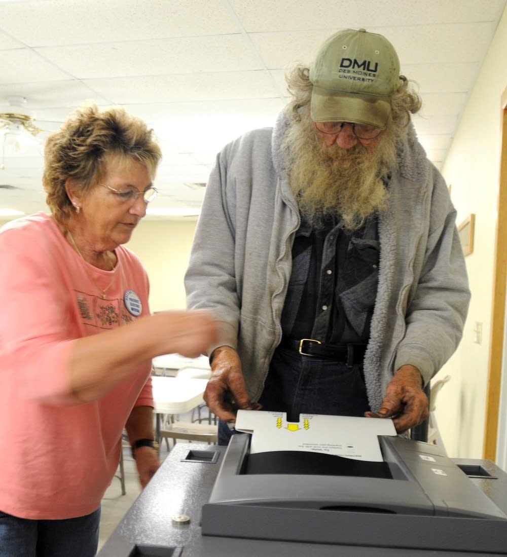Casting the ballot