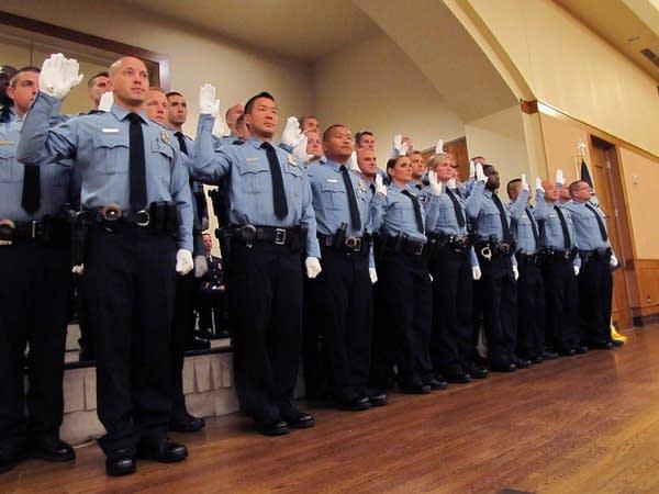 Minneapolis police officers sworn in