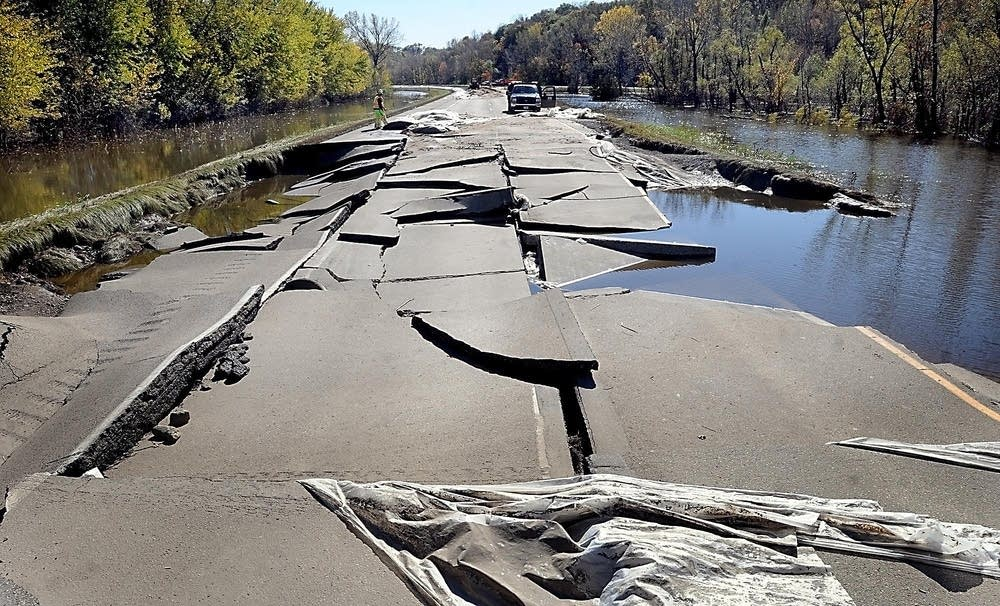 2010 Minnesota River flood damage