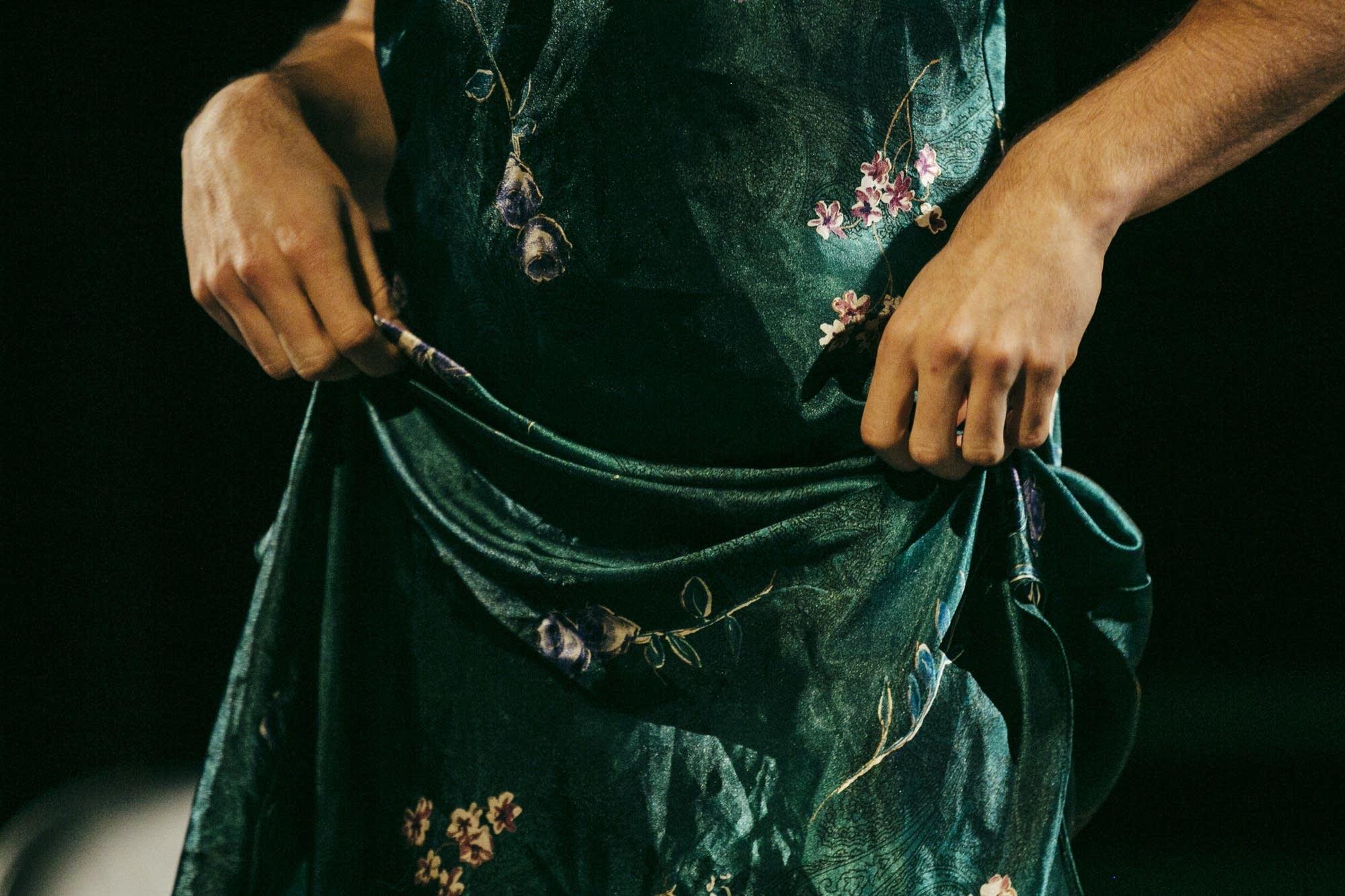 Rica de la Concha swirls her dress