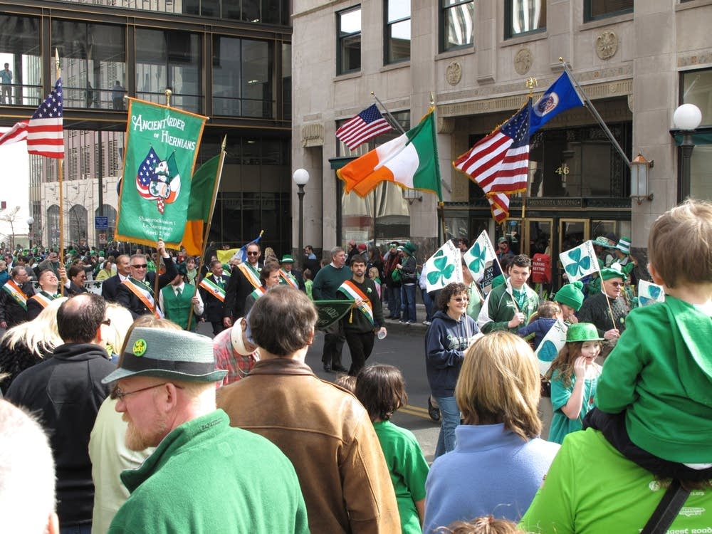 st patricks day parade in downtown st paul