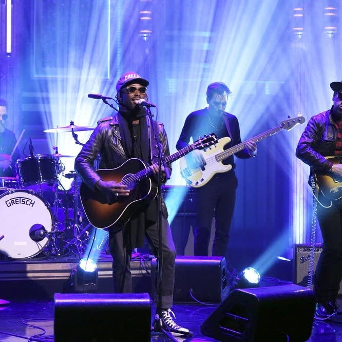 Black Pumas perform on 'The Tonight Show Starring Jimmy Fallon'