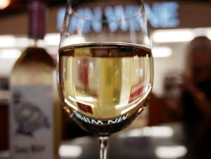 There are a wide range of Minnesota white wines.
