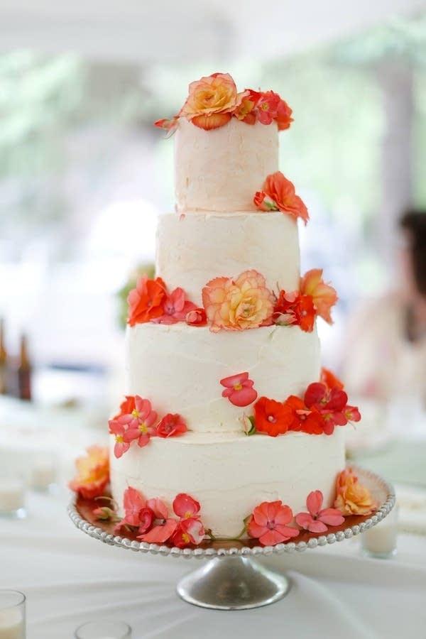 An ornate wedding cake.