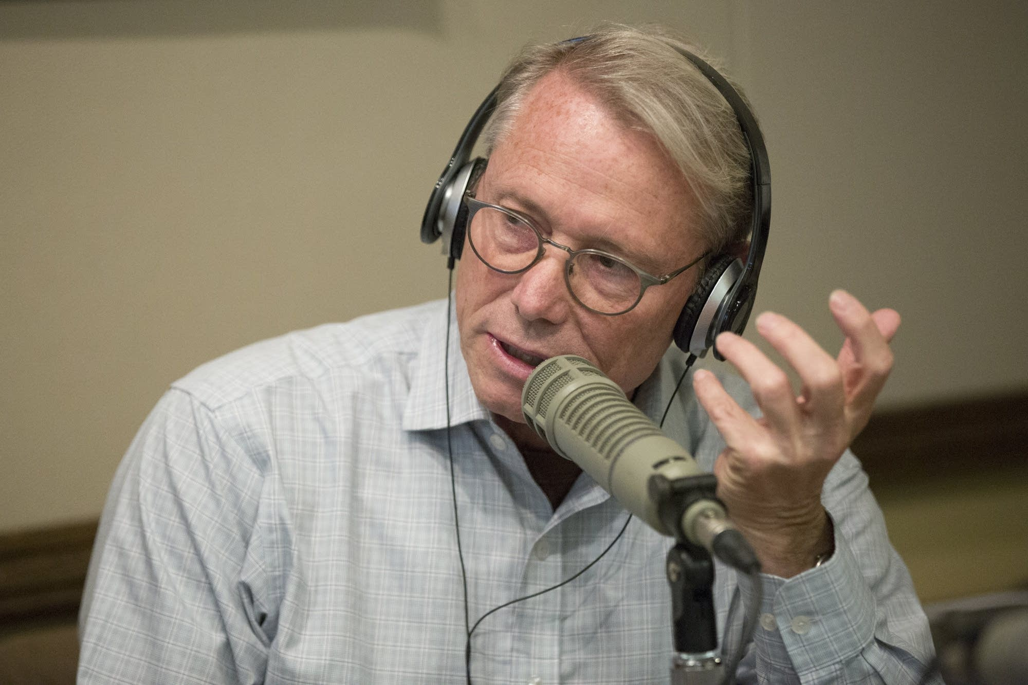 Raymond Dehn speaks during a mayoral debate at the KMOJ-FM studio.