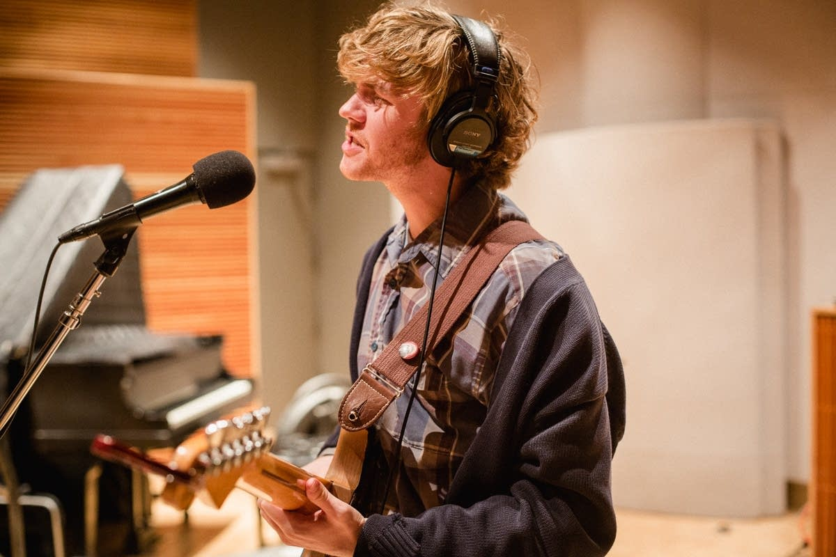 Evan Stephens Hall of Pinegrove performs in The Current studio