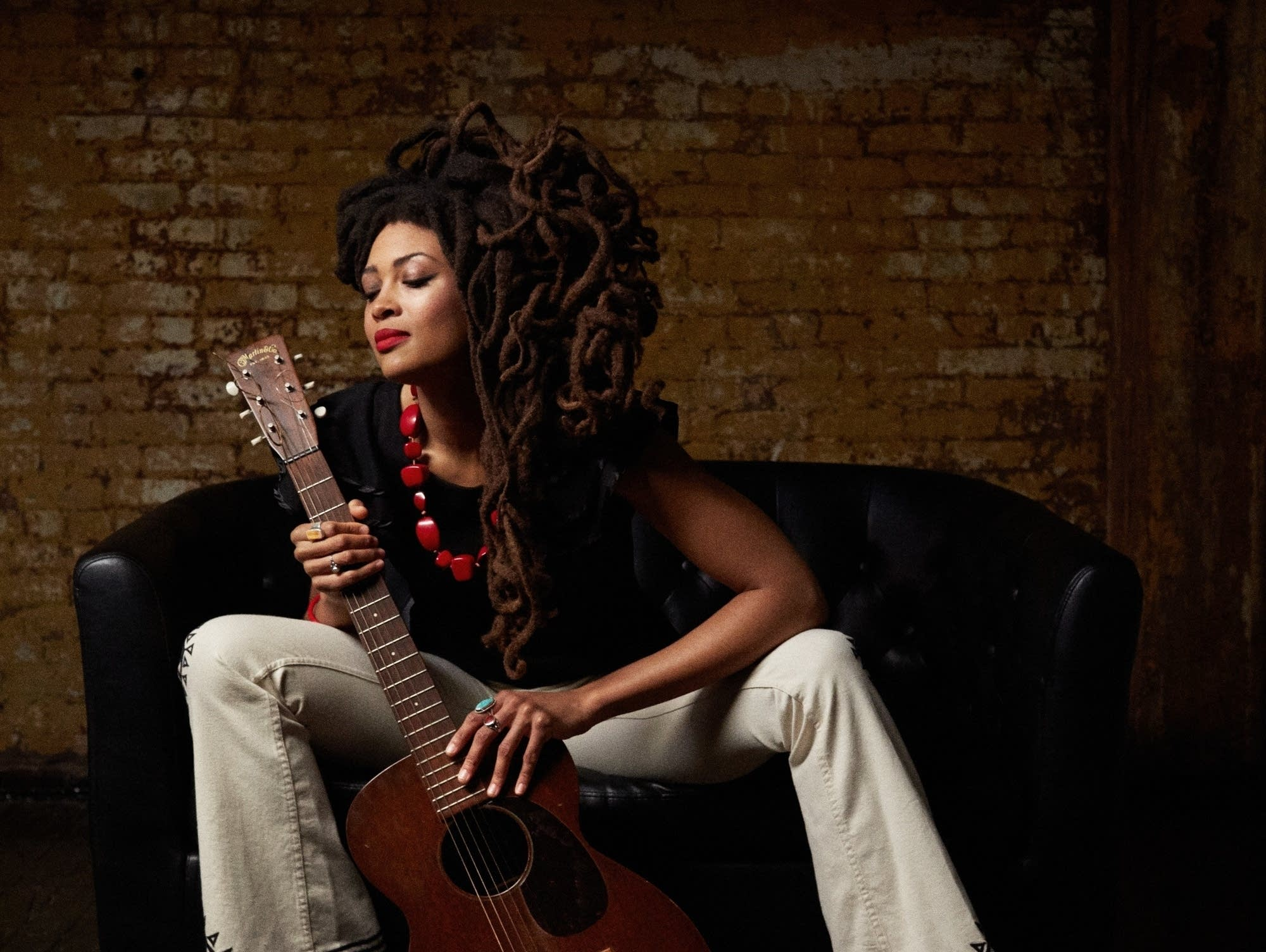 Valerie June portrait by Danny Clinch