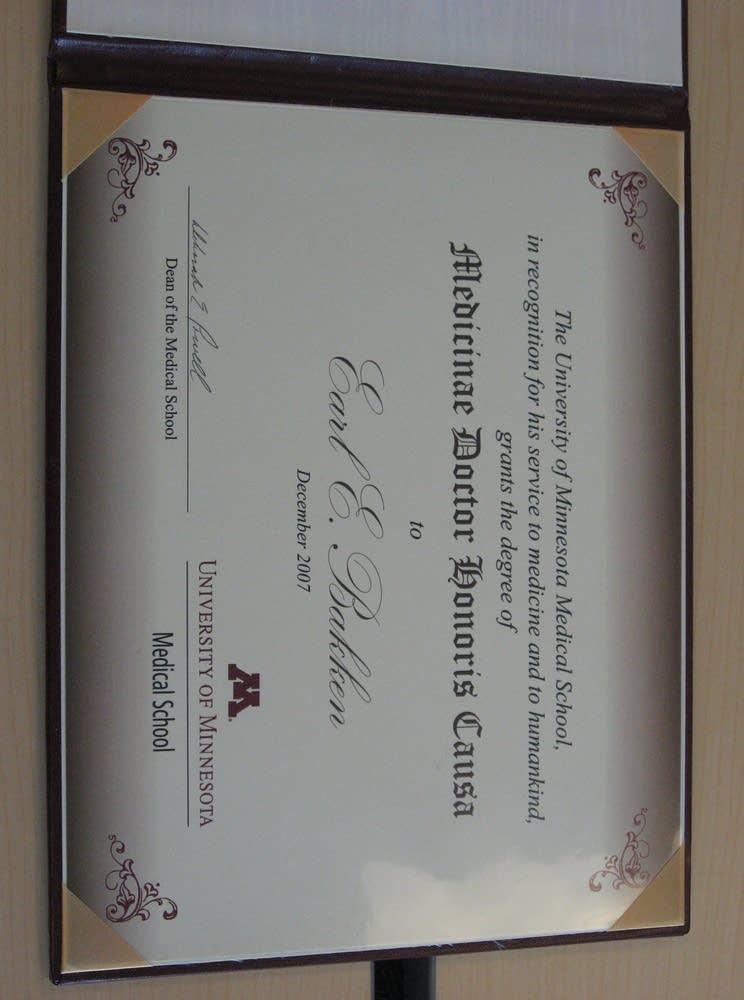 Bakken's diploma