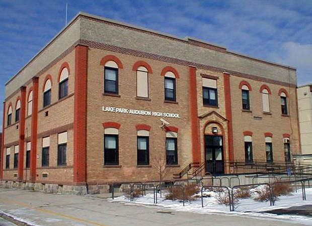 Lake Park high school building