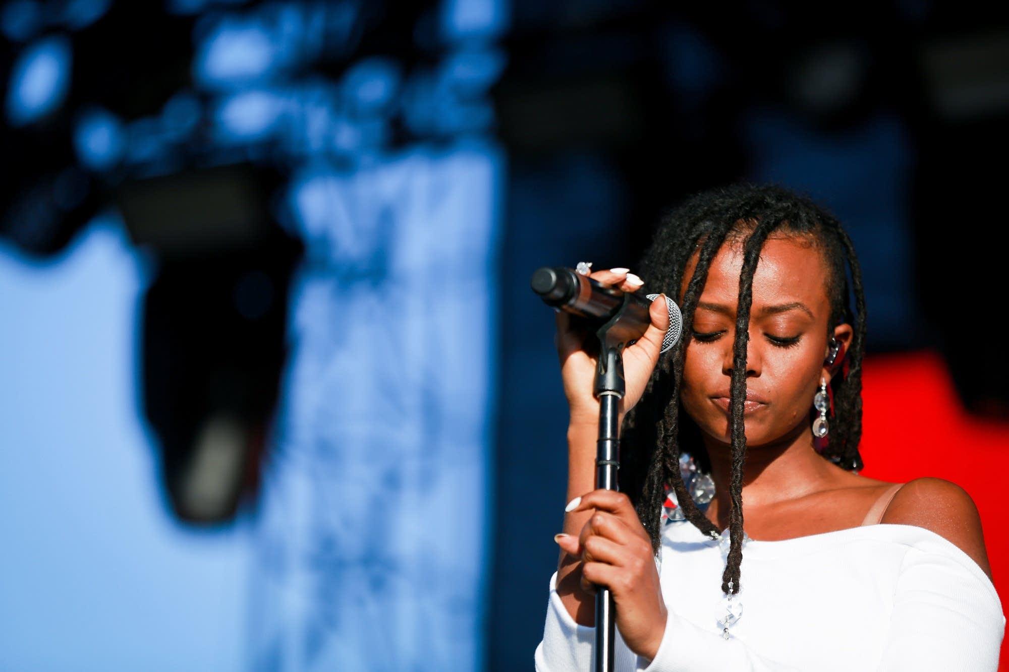 Kelela performs at Camp Flog Gnaw Carnival 2017