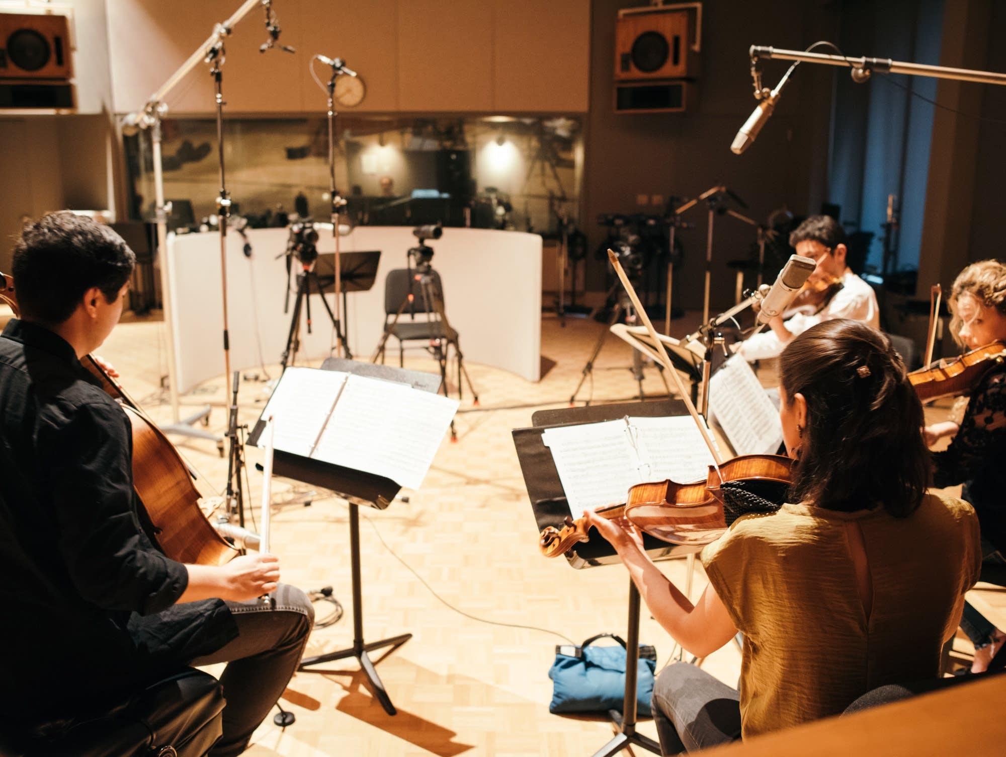 Vera Quartet in studio