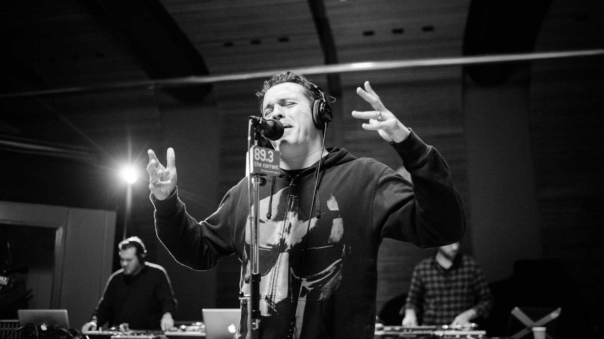 Atmosphere perform in The Current studio