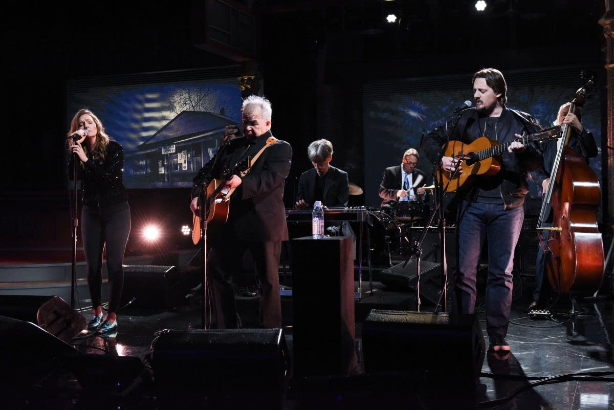 John Prine with Brandi Carlile and Sturgill Simpson on 'Colbert'