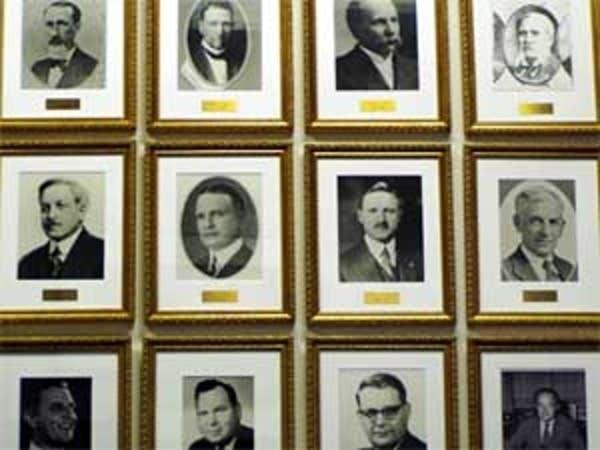 Portraits of predecessors