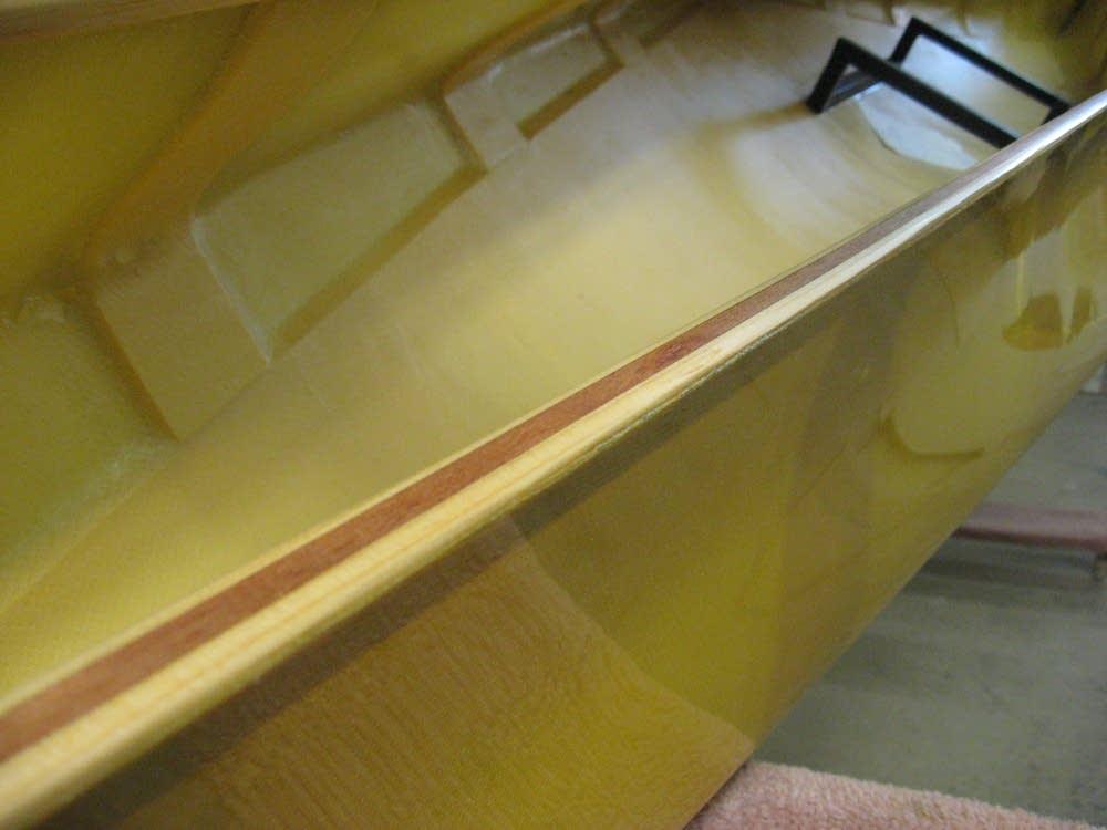 Canoe edge