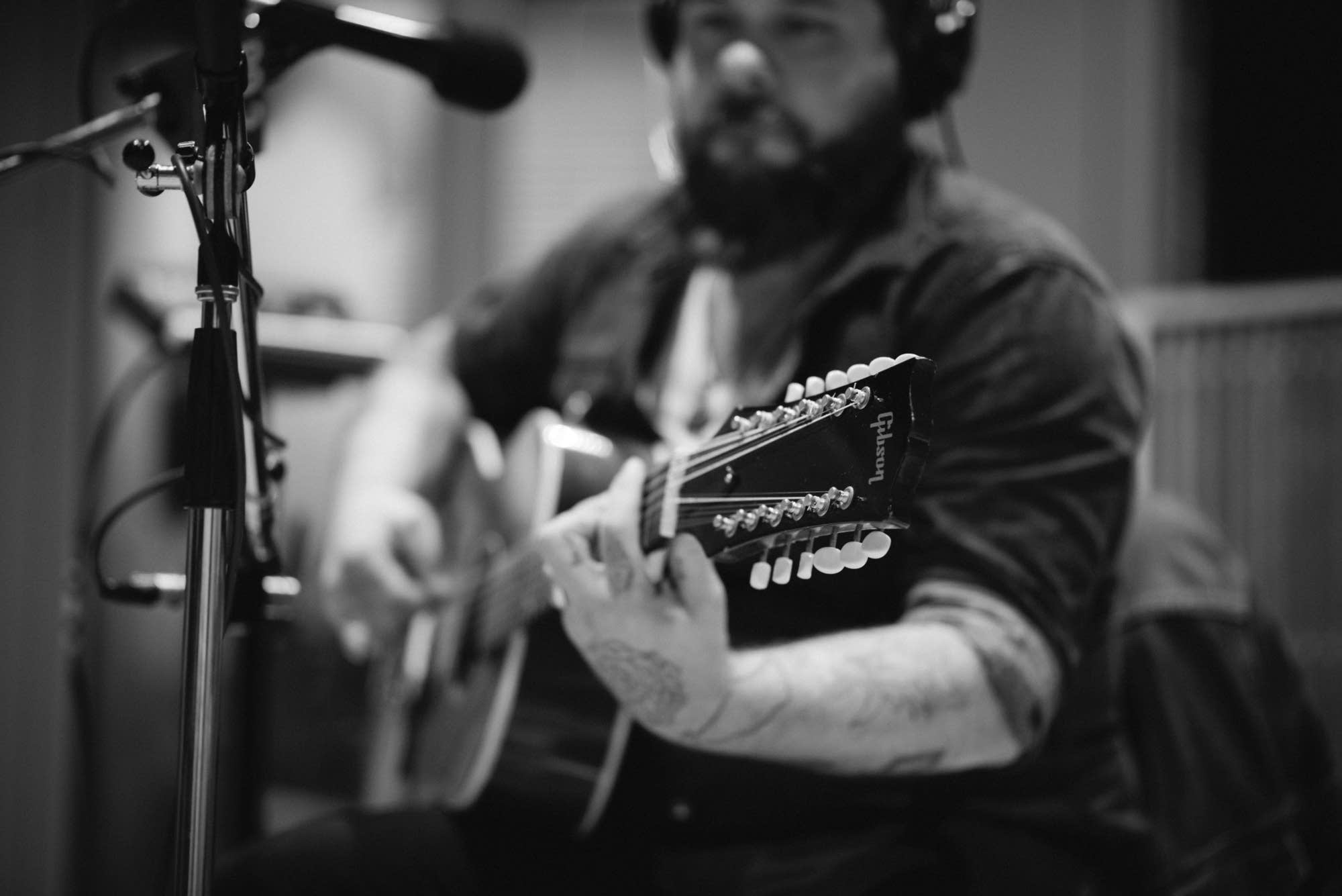 Nathaniel Rateliff & The Night Sweats - 7