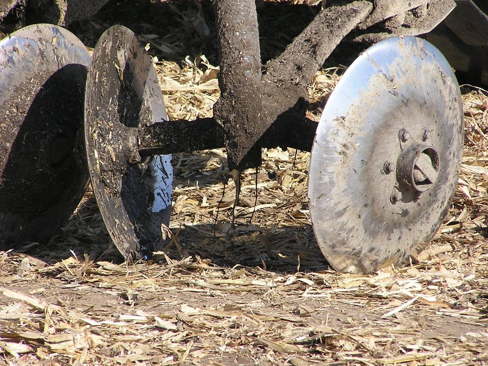 Applying manure