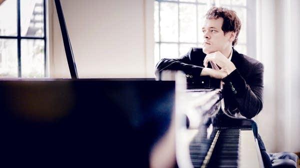 Pianist Benjamin Grosvenor