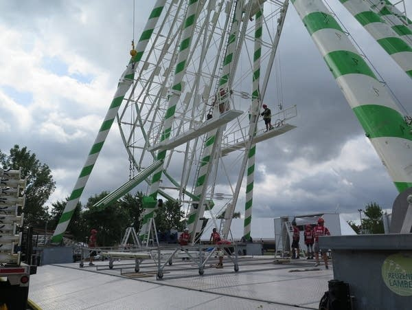 A 12-person crew assembles the Great Big Wheel