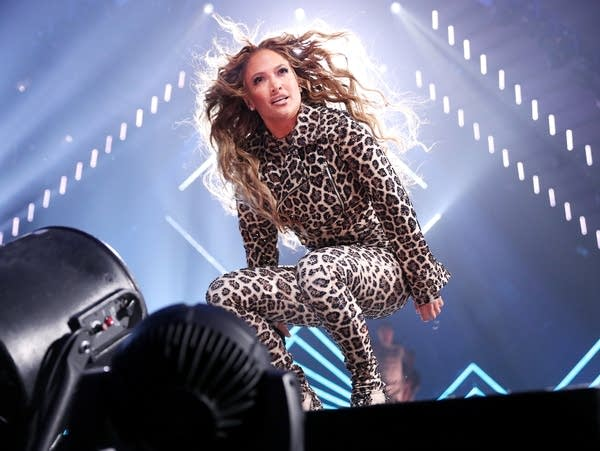Jennifer Lopez performs at The Armory in Minneapolis