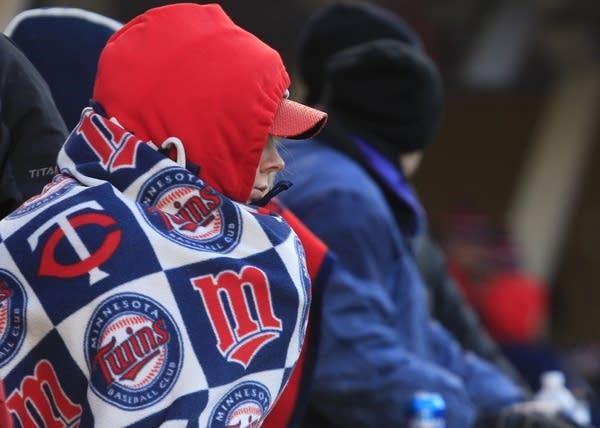 Minnesota Twins Bottle Suit Holder