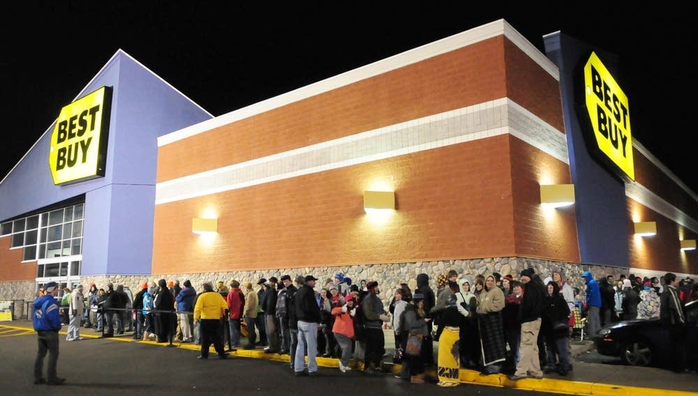 Best Buy's Black Friday line