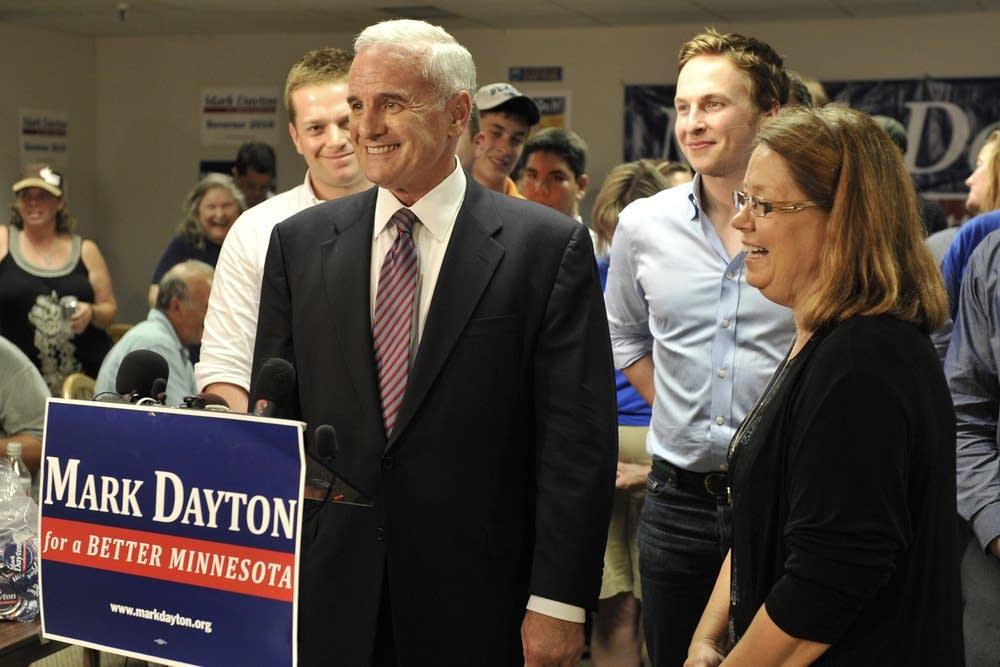 Mark Dayton, Yvonne Prettner-Solon