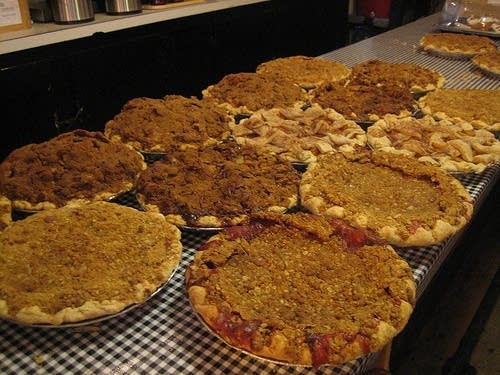 Round Top pies