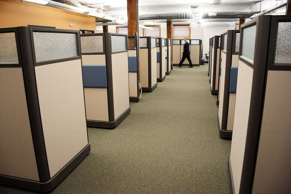 Call center aisle
