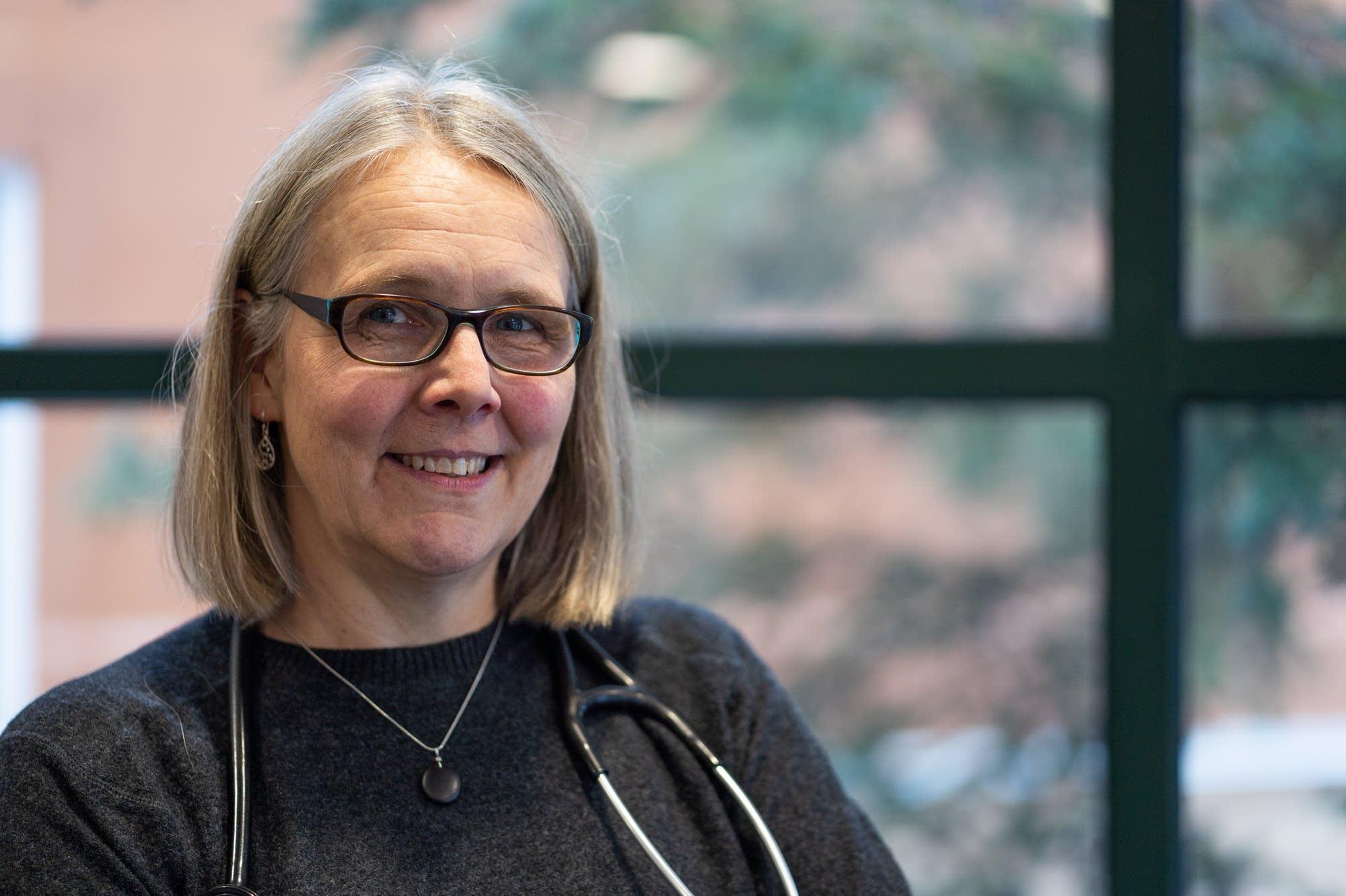Dr. Jenny Delfs