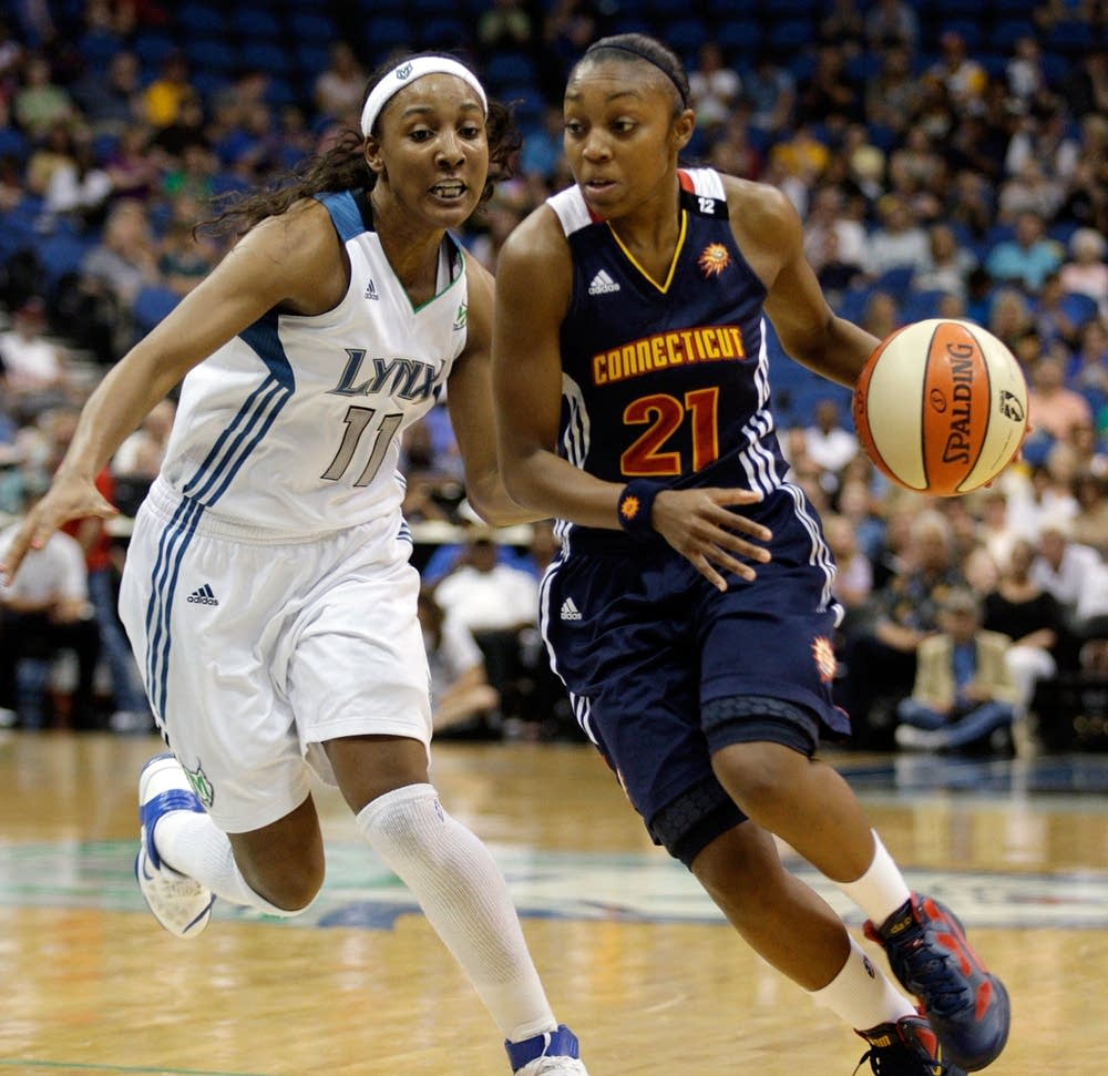 Lynx player Candice Wiggins