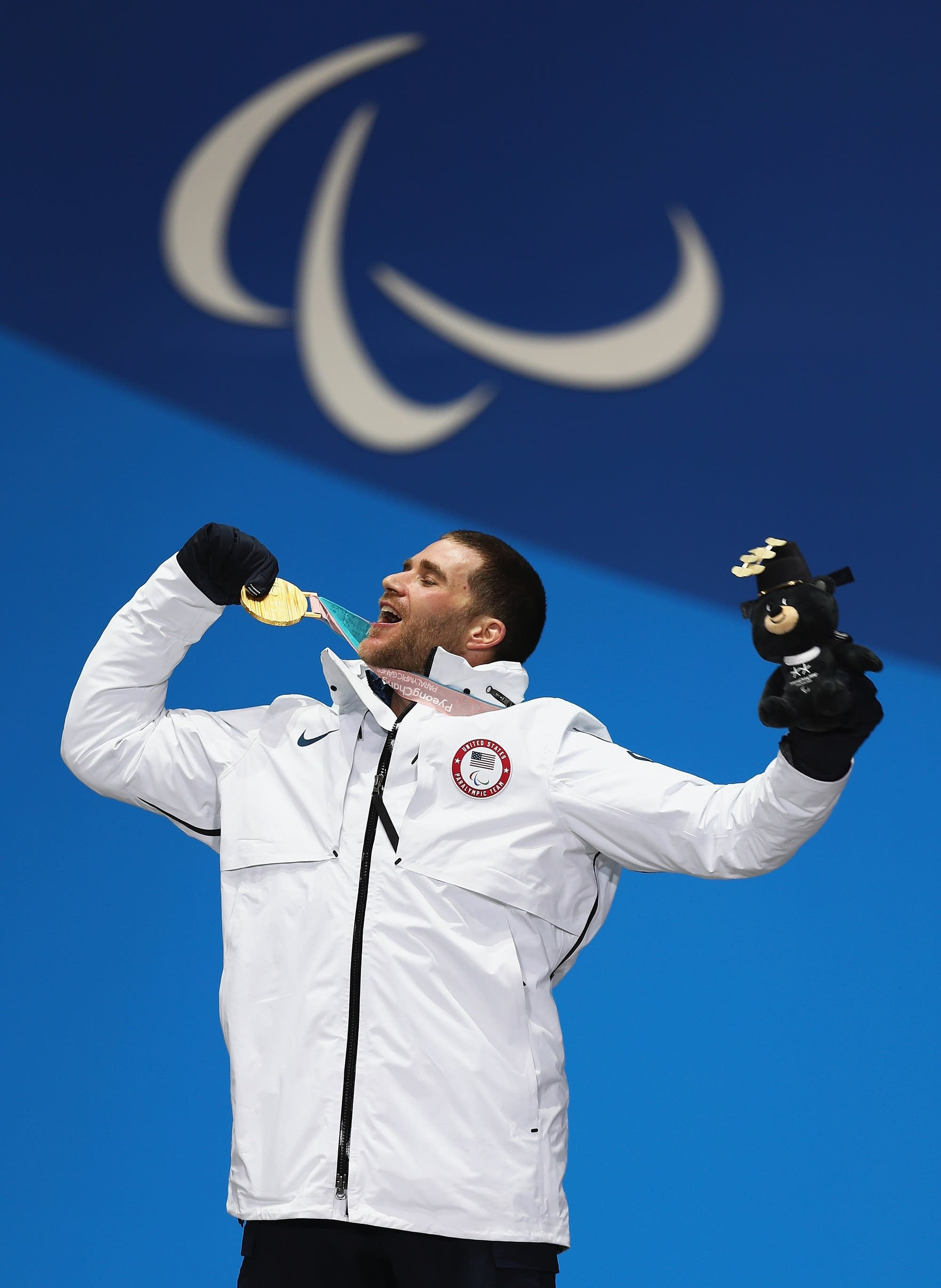 Mike Schultz celebrates after winning the Gold medal in Pyeongchang.
