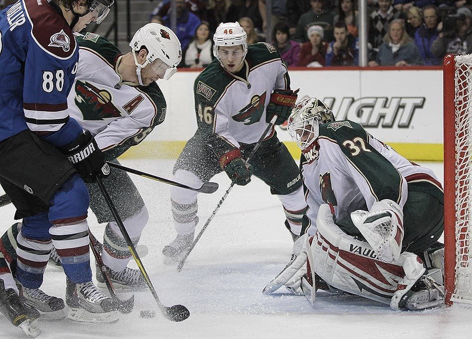 Niklas Backstrom gives Wild shutout