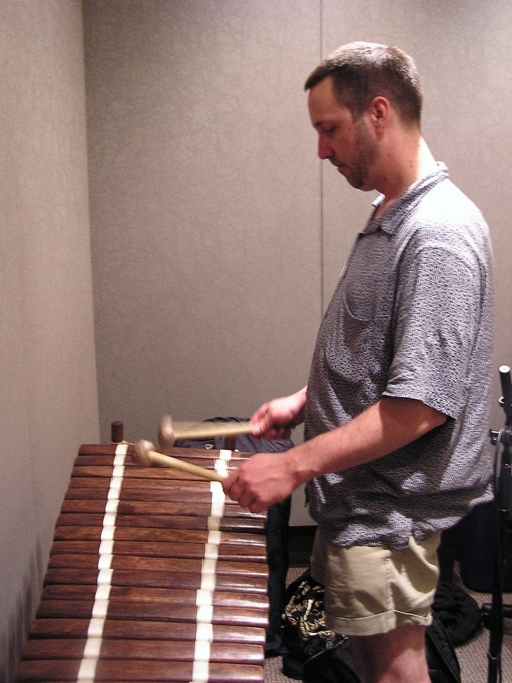 Playing a balafone