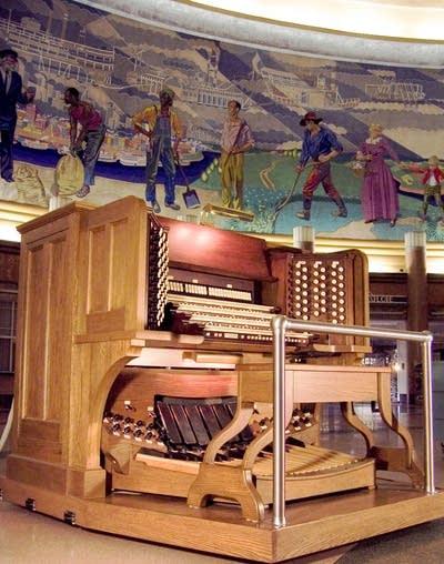 29a240 20160219 cincinnati museum center organ console