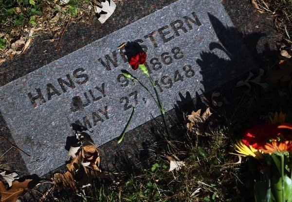 Hans Western gravestone