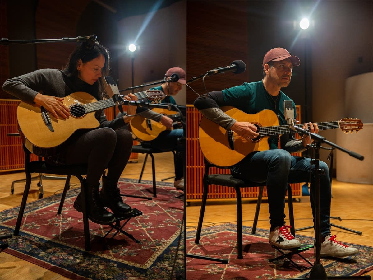 Rodrigo y Gabriela perform in The Current studio
