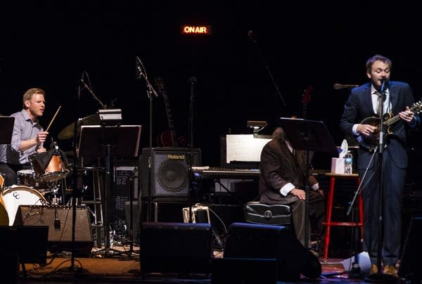 """Ted Poor and Chris Thile perform """"Subterranean Homesick Blues."""""""