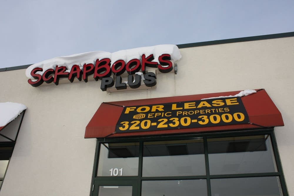 Scrapbooking store closes