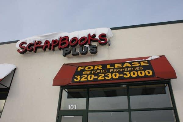 Scrapbooking store closes