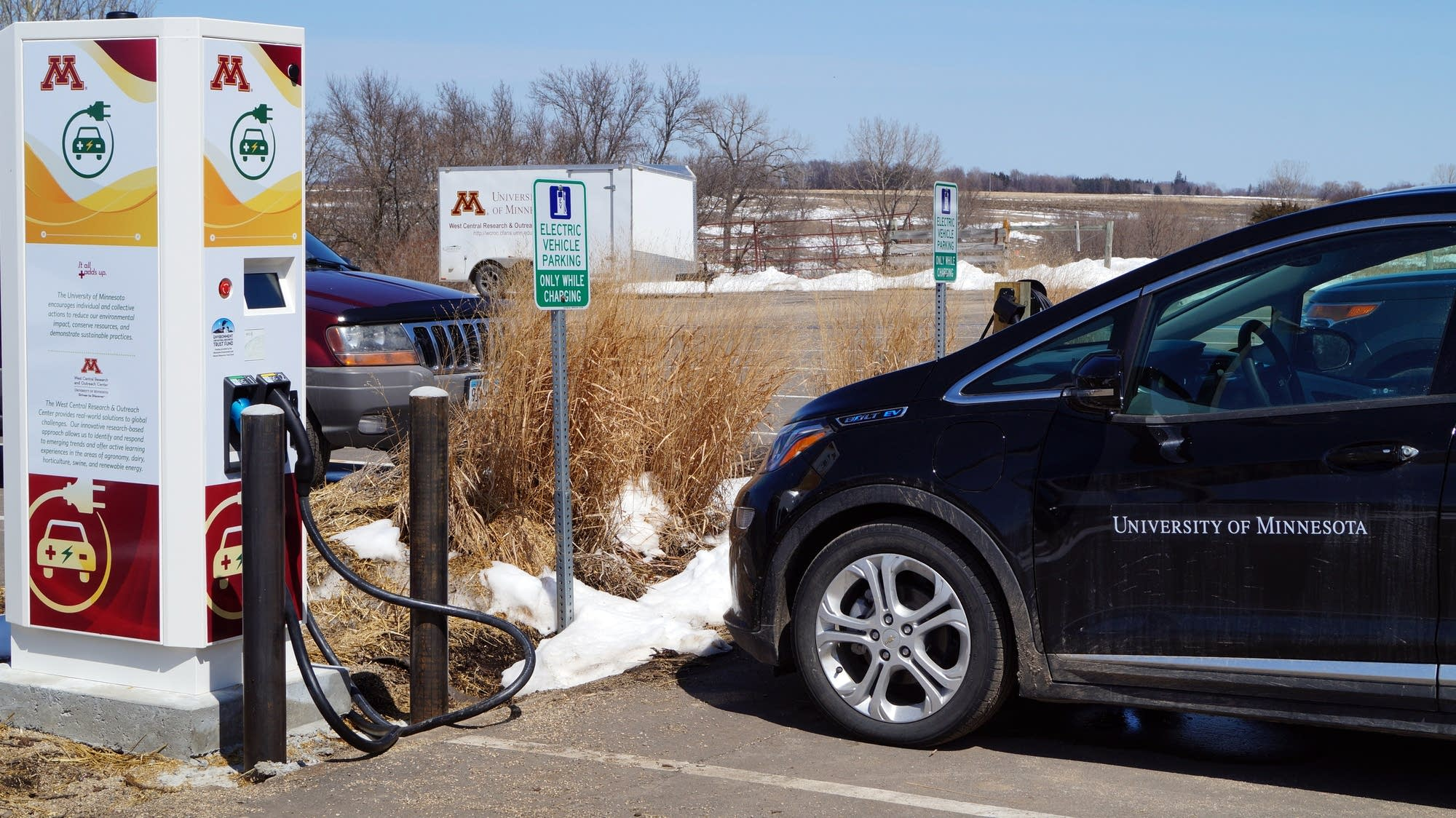 A New Fast Charger For Electric Vehicles At The U Of M Morris