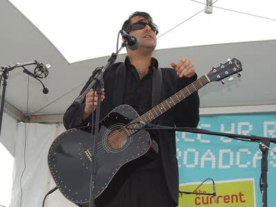 Aeedcc 20080313 devotchka singer nick urata